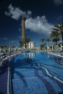 IFA Faro Hotel: pool and lighthouse after which it is named