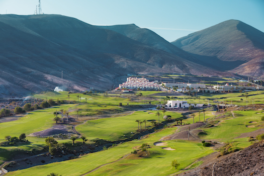 Jandia Golf meanders through a stunning valley