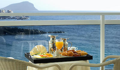 Breakfast on the terrace at Vincci Tenerife Golf
